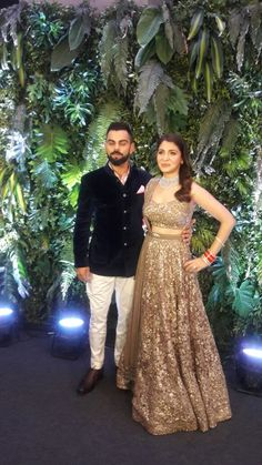 Anushka Sharma and Virat Kohli host their Mumbai wedding reception Wedding Dresses Men Indian, Wedding Dress Men, Wedding Suits, Wedding Attire, Wedding Sherwani, Manyavar Sherwani, Organizer Box, Virat And Anushka, Indian Groom Wear