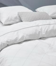 Essenza Home introduceert Essenza Premium en heeft de eerste award hiervoor al in de wacht gesleept. Op Intirio textiel beurs Gent won Essenza Home de Material Revelation award. Een award voor uitzonderlijk materiaalgebruik. Februari 2017