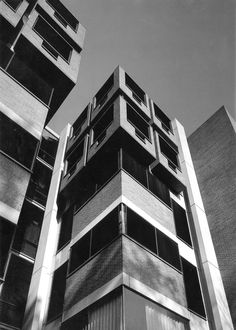 Goddard Laboratories, University of Pennsylvania, Philadelphia, Pennsylvania, 1960-65 (Louis Kahn)