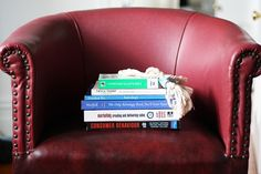 booky nook by Amber Parkin, via Flickr