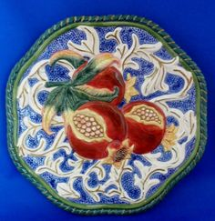 """FITZ FLOYD Classics Florentine Canape Fruit (POMEGRANTE) Wall Plate Plaque 9"""" Pomegranates, Plate Sets, Plates On Wall, Serving Bowls, Fruit, Classic, Tableware, Ebay, Derby"""