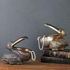 Craft Storage Box, Key Storage, Storage Baskets, Candy Jewelry, Resin Jewelry, Jewelry Box, In China, Bird Crafts, Decor Crafts