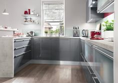 Anthracite grey high gloss from Nobilia Kitchens.