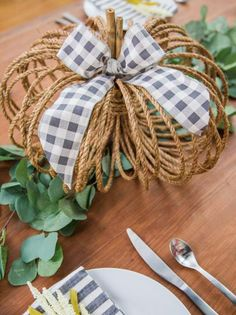 How To Make A Rope Pumpkin Centerpiece How To Paint Mudcloth Inspired Pumpkins Holiday Decorating And Entertaining Ideas Amp How Tos Hgtv Easy Fall Crafts, Thanksgiving Crafts, Fall Diy, Holiday Crafts, Halloween Crafts, Canadian Thanksgiving, Halloween Labels, Halloween Halloween, Halloween Pumpkins