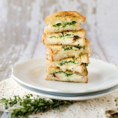 Grilled Brie & Apple Sandwich