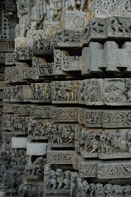 Unknown Ancient Historical Tourist Destinations in India: Halebidu, Beautifully Carved Hoysaleswara Temple in Karnataka Lord Krishna Sketch, Ajanta Caves, Ruined City, Buddha Sculpture, Buddha Painting, Indian Temple, 11th Century, Modern City, Karnataka