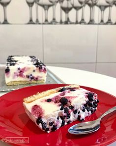 Greek yoghurt and blueberry no baked cake - Greek Yoghurt, Cheesecakes, Blueberry, Deserts, Dessert Recipes, Sweets, Snacks, Cooking, Ethnic Recipes