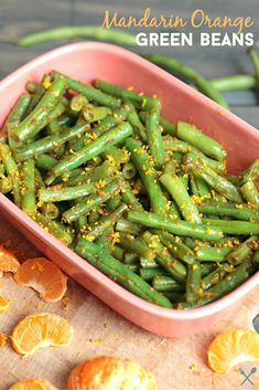 This vegan, paleo, Whole30 complaint mandarin orange green bean side dish is so light and fresh, and only takes 10 minutes to make!