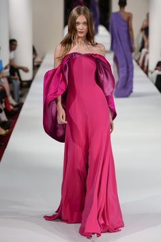 Alexis Mabille at Couture Fall 2018 - - Alexis Mabille at Couture Fall 2018 – The Must-See Runway Dresses From Paris Couture Week, Fall 2018 – Photos Source by phill_a Couture Mode, Couture Week, Couture Fashion, Runway Fashion, Paris Fashion, Alexis Mabille, Pakistani Bridal Wear, Pakistani Dresses, Fashion Week