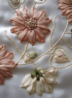 Wonderful Ribbon Embroidery Flowers by Hand Ideas. Enchanting Ribbon Embroidery Flowers by Hand Ideas. Ribbon Embroidery Tutorial, Ribbon Flower Tutorial, Embroidery Flowers Pattern, Silk Ribbon Embroidery, Hand Embroidery Designs, Embroidery Patterns, Embroidery Stitches, Wedding Embroidery, Embroidery Tattoo