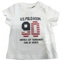 T-SHIRT BIMBO U.S.POLO ASSN KIDS T-Shirt da bambino della U.S.Polo Assn Kids in puro cotone di colore bianco a manica corta, girocollo e stampa frontale. T-Shirt U.S.Polo Assn Kids per la vita di tutti i giorni, comoda e pratica. #uspoloassn #uspolo #t-shirt #magliette #bimbo #neonato #bambino #bebè #baby #kids #child #children #newborn #moda #fashion #shop