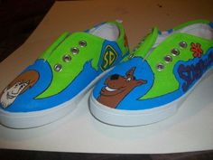 Hand painted 'Scooby Doo' custom shoes. From wearmyart.tumblr.com