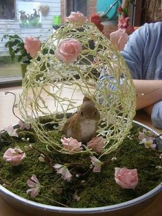 Spring Easter Decorations- The Best 15 Spring Easter Decorations - Trend Topic For You 2020 Egg Crafts, Easter Crafts, Spring Crafts, Holiday Crafts, Diy Easter Decorations, Diy Decoration, Easter Projects, Deco Floral, Easter Party