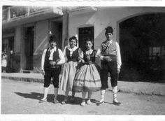 Ramon Cases, ?,?,? vestits de catalanas per el ball de l'hereu Riera Fons Ramon Cases Marques Esterri d'Àneu sense data http://www.aneu.cat/arxiu-imatges/imatges/7796.jpg