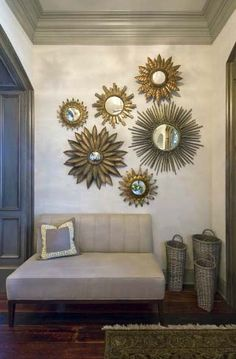 Eclectic Decor: Mixed Metals - Interior Design Trends of 2016 Room Wall Decor, Living Room Decor, Bedroom Wall, Sun Wall Decor, Bedroom Decor, Mirror Bedroom, Dining Room, Interior Design Trends, Interior Modern