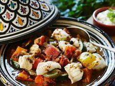 Tajine mit Fisch ist ein Rezept mit frischen Zutaten aus der Kategorie Eintöpfe. Probieren Sie dieses und weitere Rezepte von EAT SMARTER!