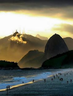 RIO de JANEIRO, BRASIL The colours of summer in Rio. Photo by Carlos Vieira (Flickr).  #riodejaneiro #brasil #brazil #beach