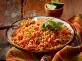 Delicious Mexican Rice made with boil-in-bag Success Rice - By the Season - Reis Rezepte Mexican Rice Casserole Recipe, Mexican Rice Recipes, Rice Recipes For Dinner, Mexican Dishes, Mexican Cooking, Boil In A Bag Rice, Spanish Rice, Broccoli Beef, Evening Meals