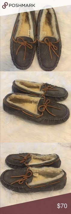 UGG Women's Grey Moccasins Slippers Ugg Australia Women's Grey Moccasin Slip-Ons. Size: 8. Great if you want to try a pair but don't want to pay full price. Can be cleaned with the UGG cleaning products. UGG Shoes Moccasins