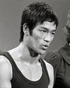 Bruce Lee                                                       …