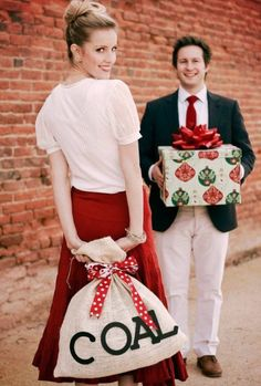 Cute Christmas photo idea - could do with kids and some have presents and some…
