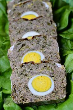 Romania Food, Easter Appetizers, Antipasto, Meatloaf, Carne, Chicken Recipes, Eggs, Cooking, Breakfast