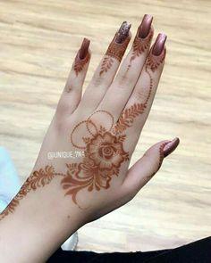Finger Henna Designs, Mehndi Designs For Girls, Mehndi Designs 2018, Modern Mehndi Designs, Mehndi Designs For Fingers, Henna Tattoo Designs, Khafif Mehndi Design, Mehndi Design Pictures, Beautiful Mehndi Design