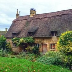 1080 best neat houses and buildings images in 2019 cottage rh pinterest com