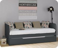 Bali bench bed with box spring - bed Pull Out Daybed, Built In Daybed, Daybed With Trundle, Daybed Room, Bed Bench, Bunk Beds Small Room, Small Room Bedroom, Bali, Hd Cool Wallpapers