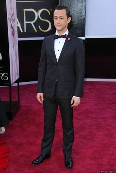 Joseph Gordon-Levitt at the 2013 Academy Awards (source: Sky Living)