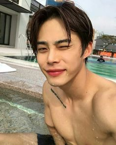 Find images and videos about beautiful, boy and asian on We Heart It - the app to get lost in what you love. Hot Korean Guys, Korean Boys Ulzzang, Ulzzang Couple, Cute Korean, Ulzzang Boy, Korean Men, Asian Men, Korean Girl, Ulzzang Style