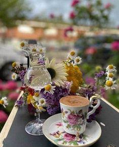 Coffee Time, Morning Coffee, Coffee Cups, Tea Cups, I Cup, My Cup Of Tea, High Tea, Emoji, Tea Party