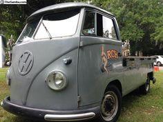 1963 T1 VW Bus single cab pickup (Gainesville, Florida, USA )