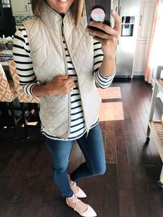 Loving these easy to wear and versatile pieces! Perfect outfit for a Fall day!  #AffordableFashion #FallFashion
