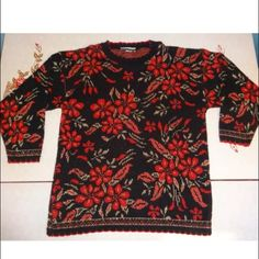 Ugly Christmas Sweater!! Woman's Dana Scott Christmas sweater, size large.  Great condition!  3/4 sleeves Dana scott Sweaters Crew & Scoop Necks