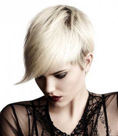Straight Short Haircuts for Women-4