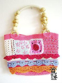 Deze zou ik ook dolgraag willen hebben.  Good sampler bag to be adapted to your own style and colors.