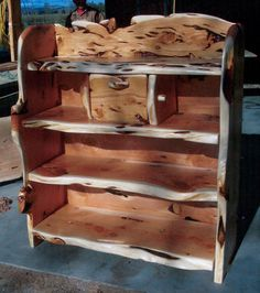 Wild Buffalo Juniper Furniture-Other Stuff! Cedar Furniture, Rustic Log Furniture, Wood Pallet Furniture, Primitive Furniture, Western Furniture, Furniture Design, Rustic Cabin Decor, Rustic Wood, Rustic Cabins