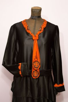 1920's Black and Orange Halloween Dress by GarbOhVintage on Etsy, $155.00 <3