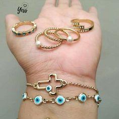Nice Jewelry, Nice Ideas, Kaftan, Jewellery, Bracelets, Outfits, Fashion, Crayon Holder, Garden Architecture