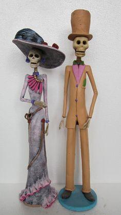 2 CATRINAS mexican folk art day of the dead catrina set halloween doll   eBay