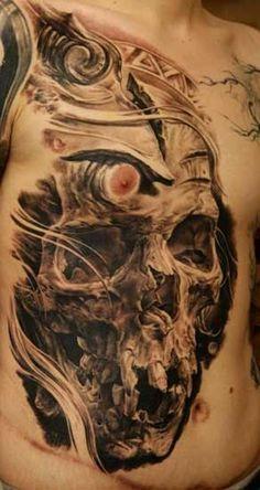 Nicht nur bei Oldschool-Fans ist das Totenkopf-Motiv äußerst beliebt. Dieses Tattoo gehört zu den am häufigsten gestochenen Tätowierungen überhaupt. . // . Noch mehr Bilder? Hier geht's zu weiteren Galerien Totenkopf-Galerie Part 01 Totenkopf-Galerie Part 03 Totenkopf-Galerie Part 04 In Tattoo…