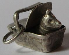 CUTEST VINTAGE 3D STERLING SILVER KITTY CAT IN A PICNIC BASKET CHARM