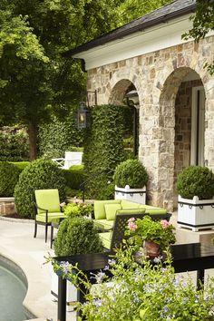 Lovely backyard design idea with limestone patios. #limestone #tiles #home #exterior #naturalstone #decor #backyard
