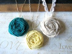 DIY rose necklace #DIY #Necklace