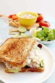 21 Seafood Recipes That Take 20 Minutes or Less Clean-Eating Tuna Salmon Salad Sandwich Healthy Cooking, Healthy Eating, Cooking Recipes, Healthy Recipes, Healthy Meals, Delicious Recipes, Salmon Salad Sandwich, Tuna Salad, Ricotta