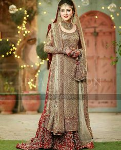 Pakistani Wedding Dress Used - Pakistani Wedding Dress Used Our acceptable banquet was at a restaurant abutting aperture to our accretion venue. The Pakistani Wedding Dress Used Asian Wedding Dress, Pakistani Wedding Outfits, Pakistani Wedding Dresses, Bridal Outfits, Walima Dress, Shadi Dresses, Indian Dresses, Dulhan Dress, Desi Bride
