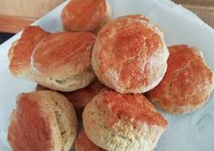 Scone, az ír pogácsa | Rigó Erzsébet receptje - Cookpad receptek Riga, Scones, Hamburger, Bread, Food, Essen, Hamburgers, Breads, Baking