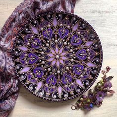 Mandala in Purples Mandala Design, Mandala Art, Mandala Painting, Mandala Pattern, Dot Art Painting, Stone Painting, Painted Plates, Hand Painted, Point Paint