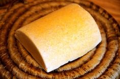 I LOVE SALT BARS. Did you miss the Cocoa and Coffee Salt Bar or the African Black Soap Salt Bar? Be sure to check them out for more details about why I love salt bars Soap Making Recipes, Homemade Soap Recipes, Homemade Bar, Salt Bar Recipe, Diy Beauty Soap, Soap Tutorial, Essential Oils Soap, Black Soap, Food Shows